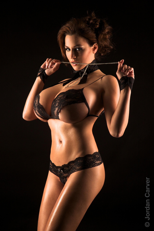 Супер груди женщины 3 фотография