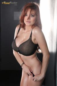 Tessa_fowler-Black_lingerie