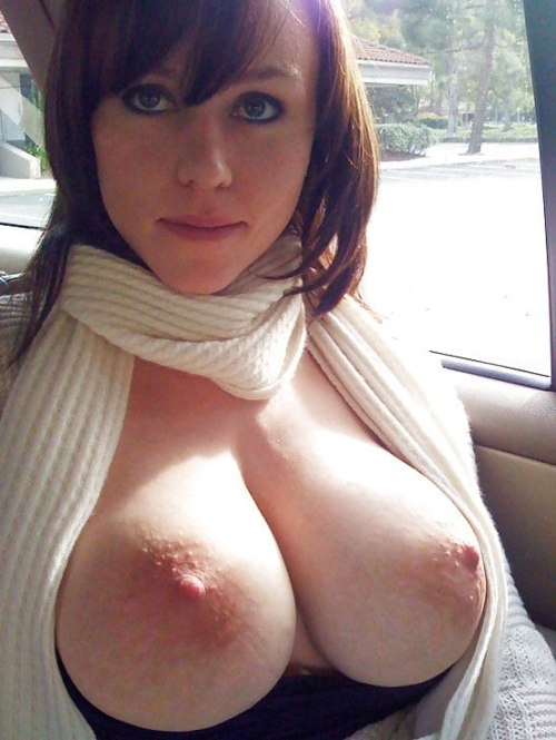 Huge Natural Amateur Tits 17