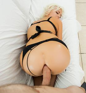 Jenna-Ivory-anal