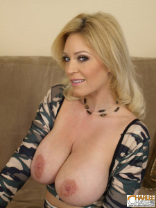 Charlee-Chase-boobs