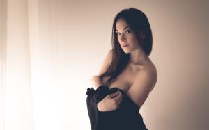 Tanya-Song-sexy-posing