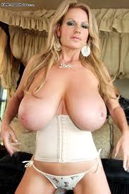 Kelly-Madison-big-boobs