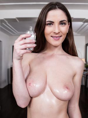 Miss molly boobs