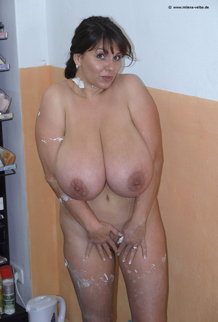 fat naked fucking pussy and huge boobs