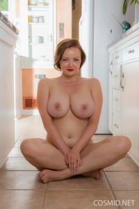 Natasha-dedov-naked