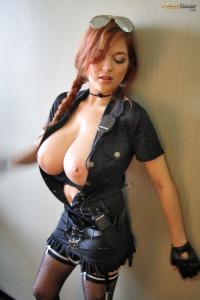 tessa fowler topless