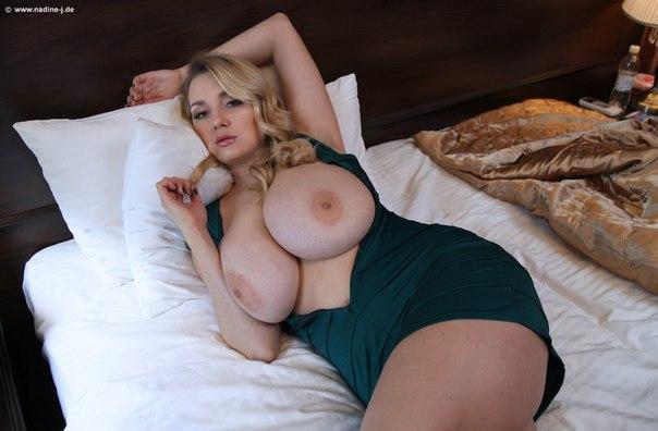 adriana nadine j topless