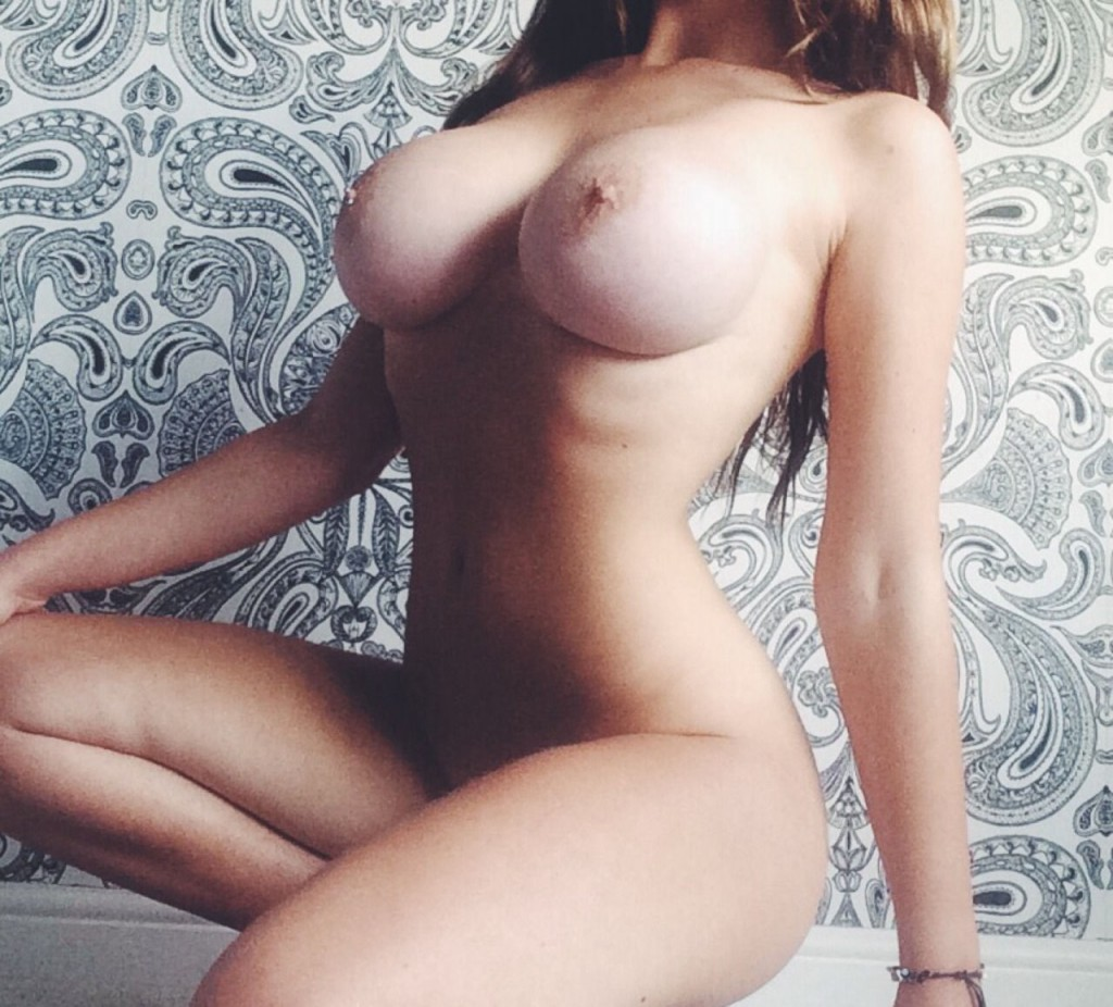cherubesque nude photo