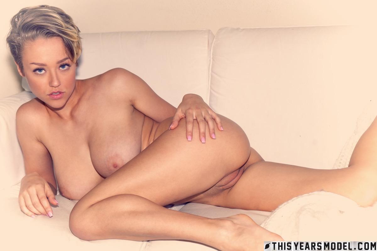 sabrina nichole naked