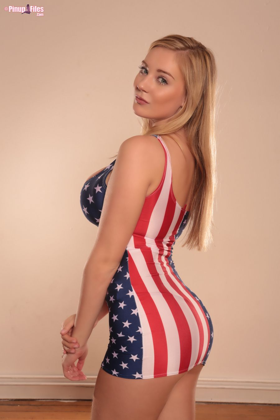beth lily and amanda love celebrate usa independence day – boobsrealm