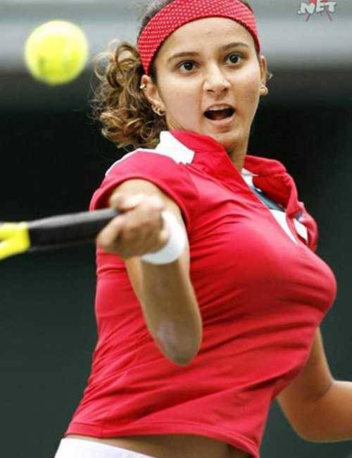 sania mirza tennis busty