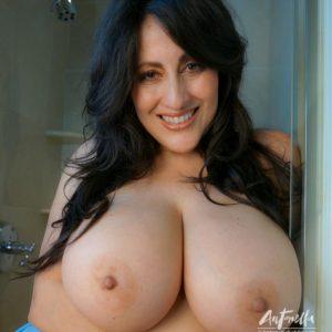 antonella kahllo topless