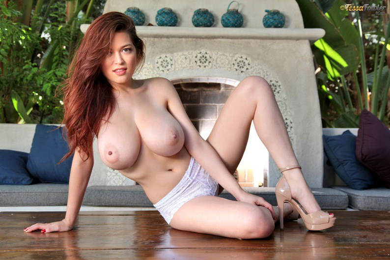 tessa fowler big boobs 2016