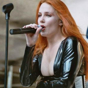 simone simons boobs