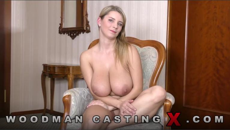 sexy girls masturbateing with girl