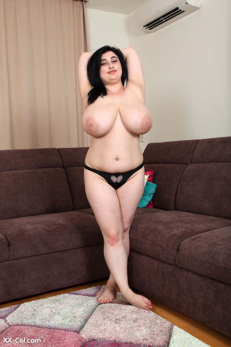 Huge boobs erin webcam