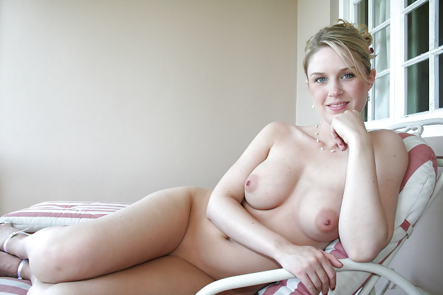 blonde amateur lauren