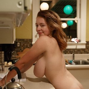 kelsey berneray nude