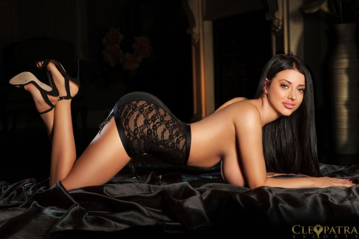veronica south kensington escort