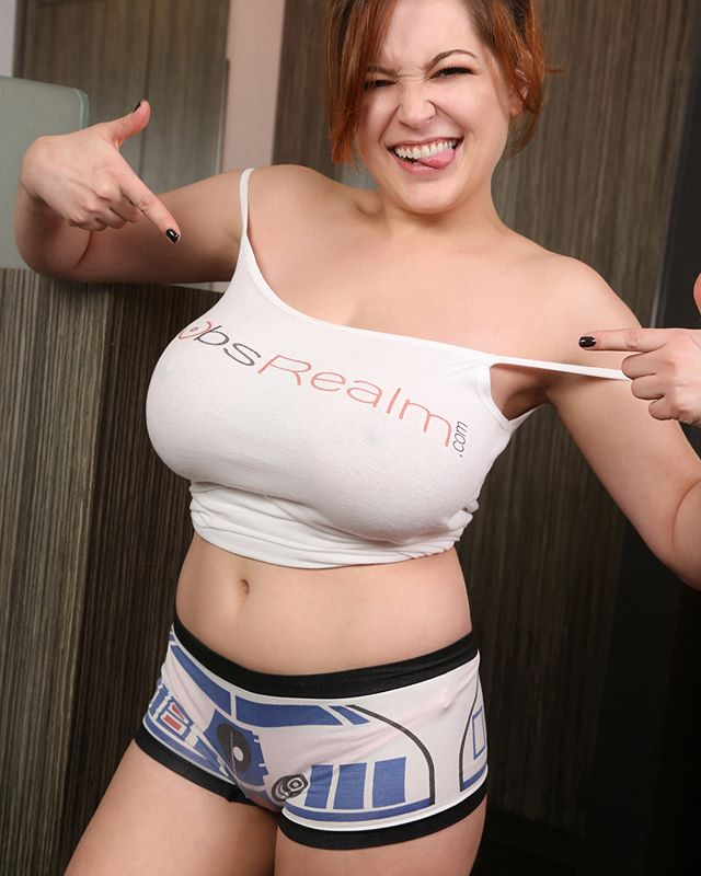 tessa fowler miss boobs realm