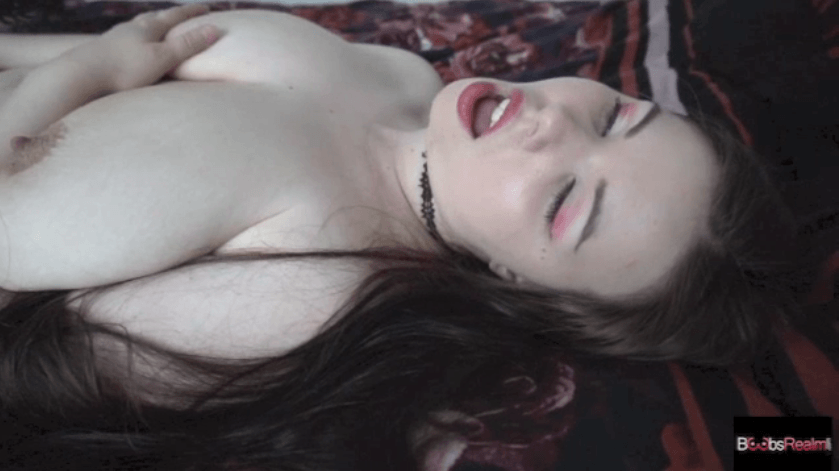 Nina NIghtbloom pussy play